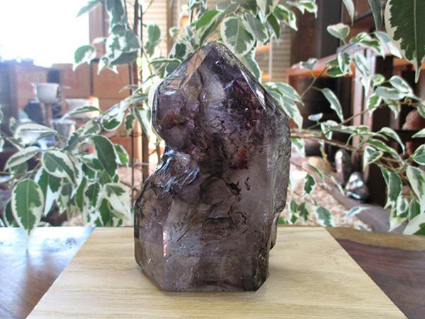 アメジストエレスチャル 高品質 原石 ポリッシュ 水入り 紫水晶 天然石専門店販売