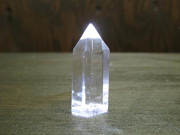 ブルーエンジェルラダークリスタル(ハイダウェイクォーツ)天然水晶ポイント