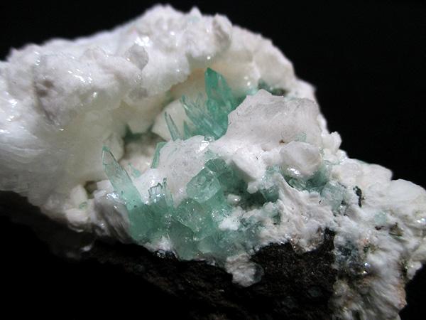 グリーンアポフィライト パシャン鉱山産 原石 販売 天然石専門店【鬮石】