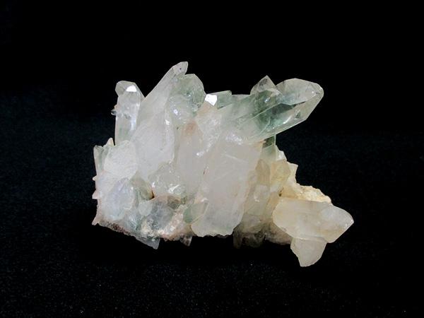 マニカラン産(パルバティ渓谷)のヒマラヤ水晶原石クラスター
