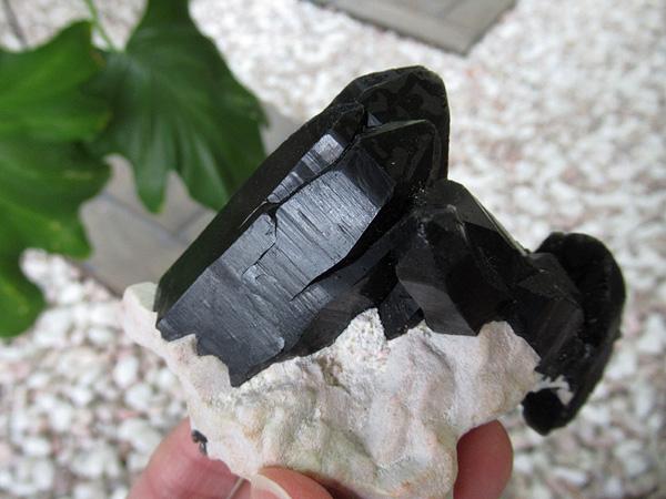 モリオン原石 高品質 天然黒水晶 天然石販売