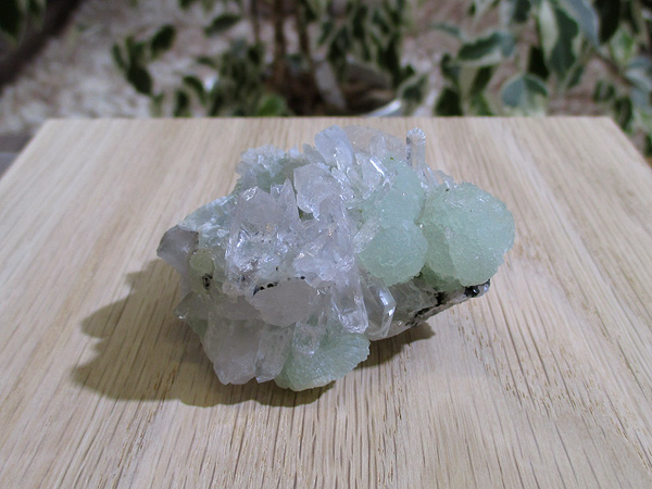 プレナイト 結晶 水晶 原石 クラスター