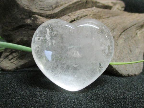 天然水晶ハート
