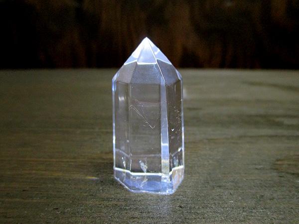 レッドゴールドエンジェルラダークリスタル(ハイダウェイクォーツ)水晶ポイント