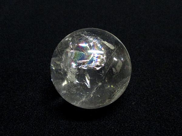 【高品質】 天然水晶 レインボークォーツ(虹入り) ブラジル産 丸玉 天然石専門店【鬮石】
