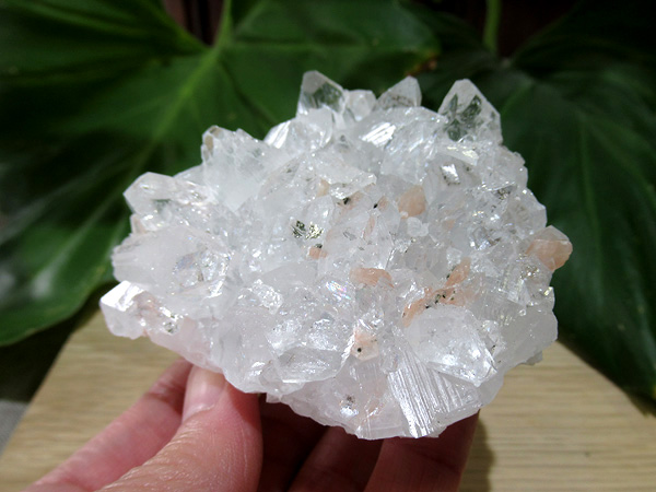 アポフィライト原石 販売 最高品質 通販 天然石専門店