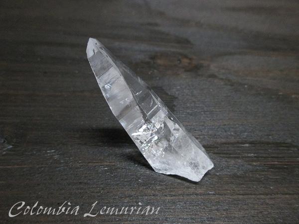 コロンビア産 レムリアンシードクリスタル 最高品質 水晶 原石【鬮石】cololem-046