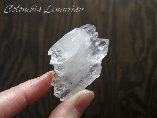 コロンビア産 レムリアンシードクリスタル 最高品質 水晶 原石【鬮石】cololem-047