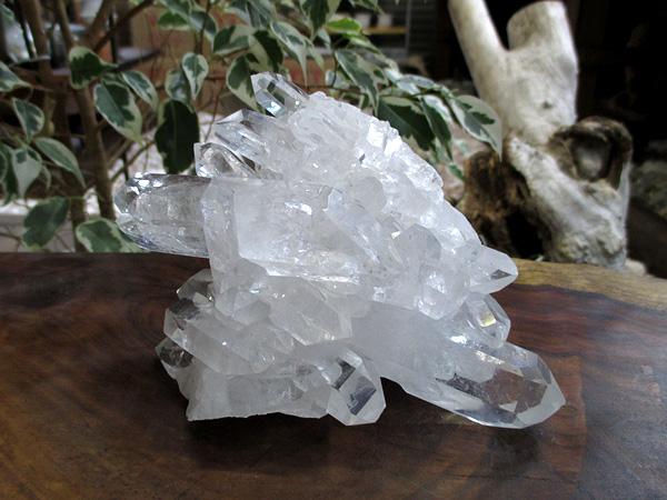 高品質 ブラジル コリント産(トマスゴンサガ)水晶 クラスター 原石 天然石専門店/鬮石