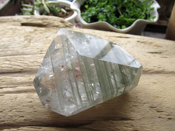 ブラジル産 高品質 ガーデン クォーツ 原石ポリッシュ 水晶