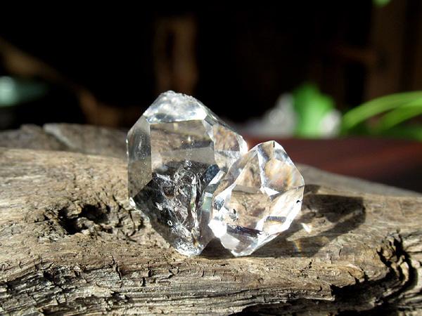 ハーキマーダイヤモンド 水晶 原石 ニューヨーク州産 | 天然石専門店【鬮石】