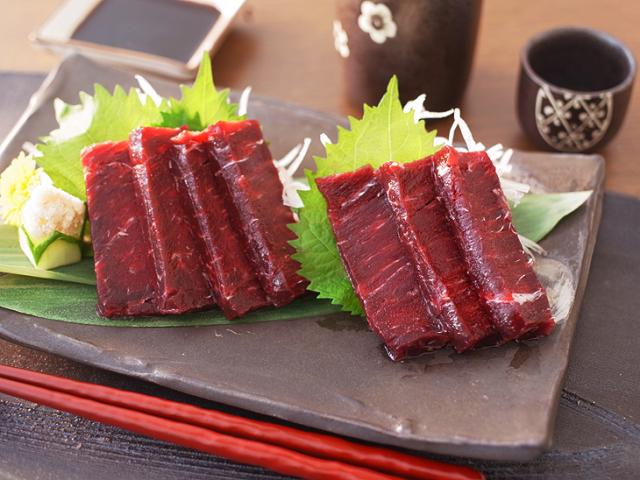 【熟成】イワシ鯨の赤肉小切れ約170g(3008)