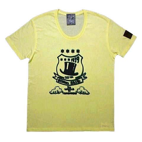 シルクハットエンブレムUネックTシャツ