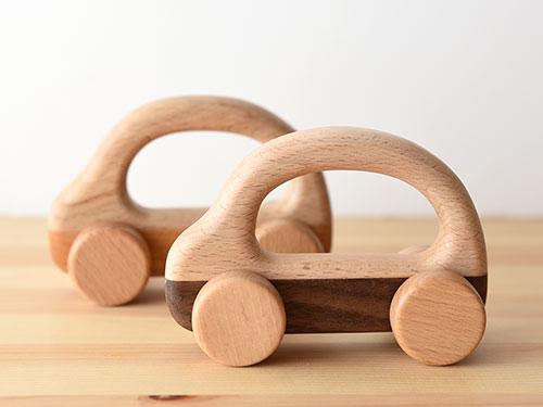 木の車 コロコロッコ