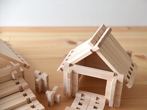 ログ積み木/無垢スタジオ