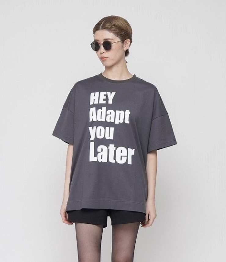 thomas magpie ビッグロゴTシャツ BIG logo T-shirt HAY Adapt you Later(チャコール)