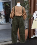 ~SALE~ NEEDLE WORKS  Stretch-chino suspender pants  カーキ(130センチ)