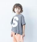 6°vocaLe キャピタルレターTシャツ アッシュグレー(90~150センチ)