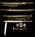 珍品 前代未聞の兜割と短刀が合体した作品