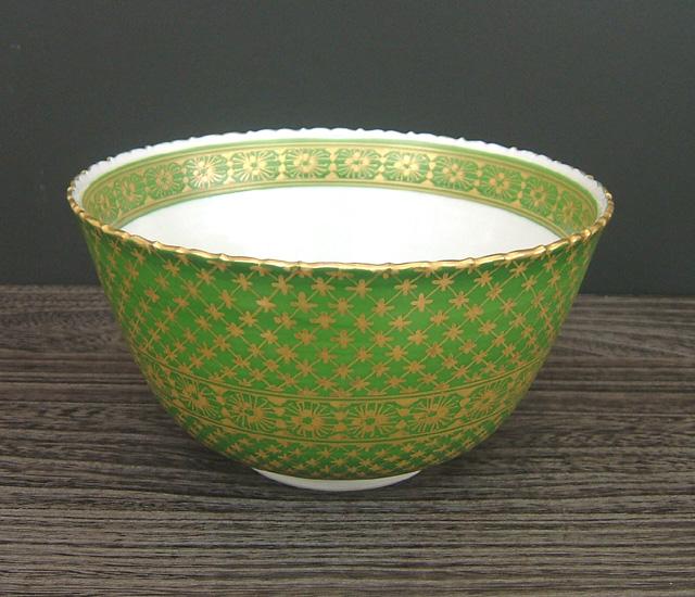 6号鉢 緑地金彩椿文 [ 稲手忠弘 ]