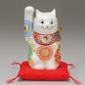 九谷焼 5号招猫 白盛(右手上げ) [ 座布団付 ]