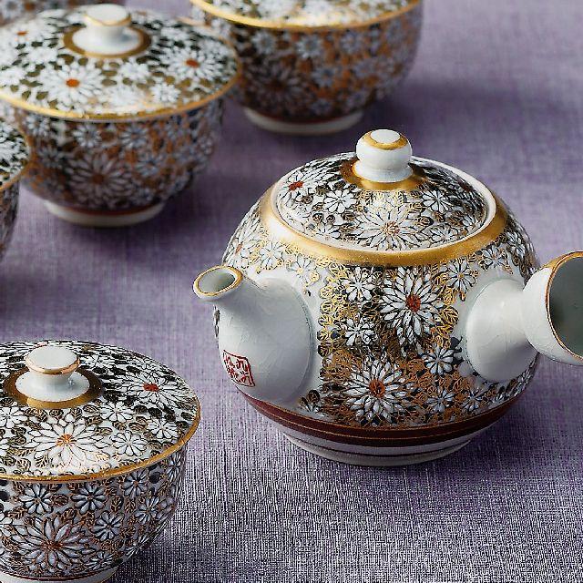【送料無料】九谷焼ギフト ご贈答品 御祝い 九谷焼蓋付茶器 白菊
