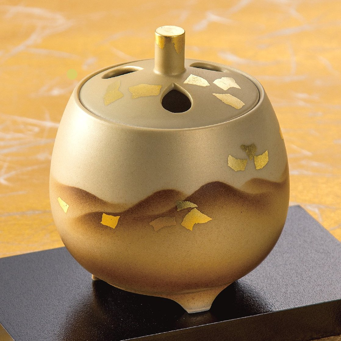 九谷焼高級ギフト ご贈答品 九谷焼3.5号香炉 金彩連山