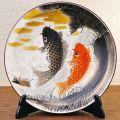 九谷焼ギフト ご贈答品 御祝い九谷焼10号飾皿 鯉の滝登り(皿立付)