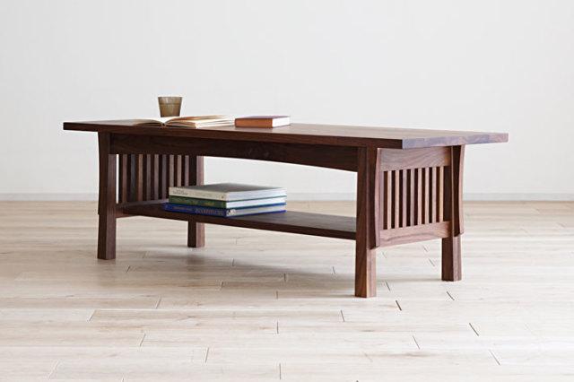 無垢の美しいセンターテーブル ペッティネ ウォールナット