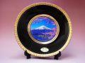 【日本のおみやげ】◆ニュー彫金飾り絵皿・8吋【世界遺産 富士山】飾りスタンド付