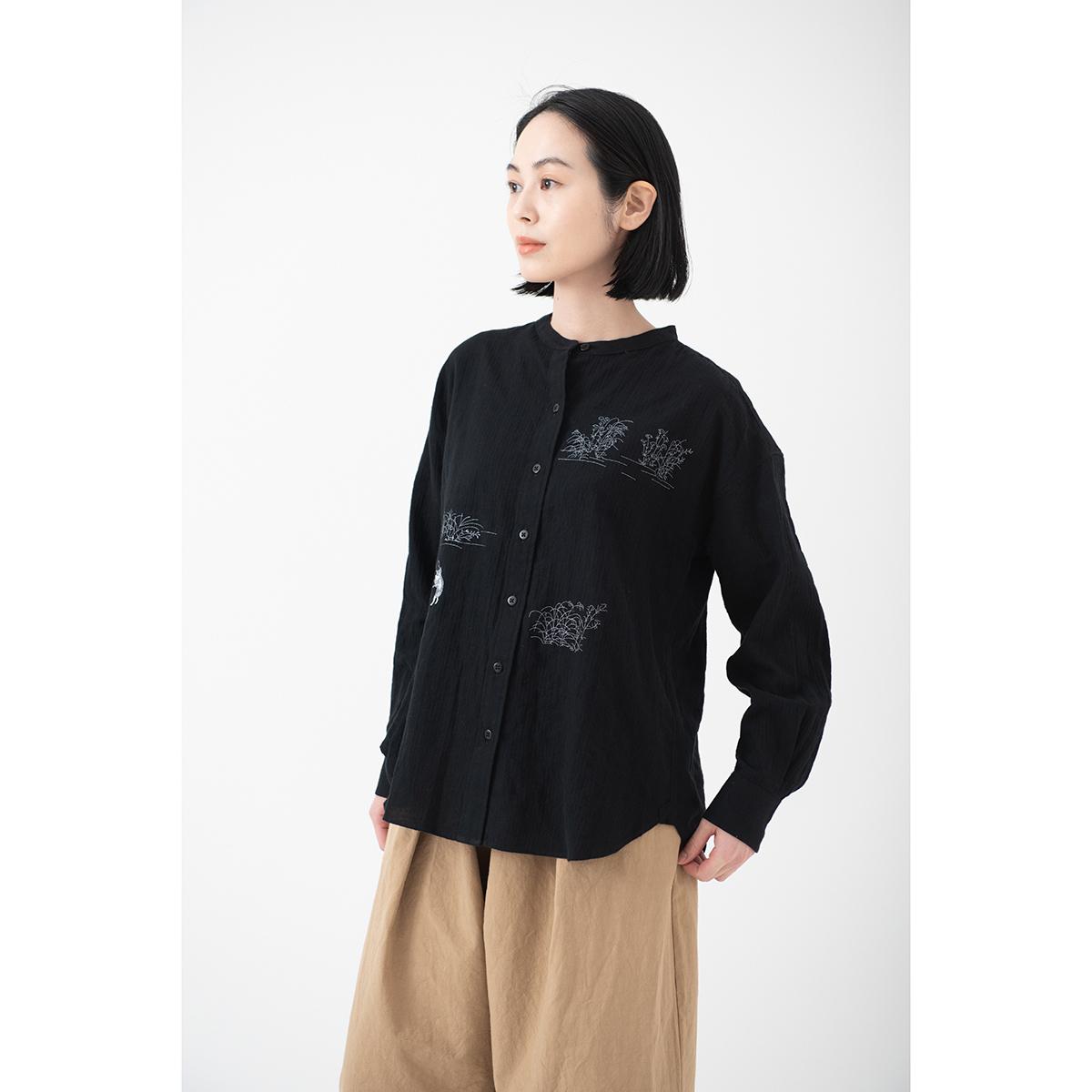 KY17-677B/ふんわりスタンドカラーシャツ(黒)/蛙と猫