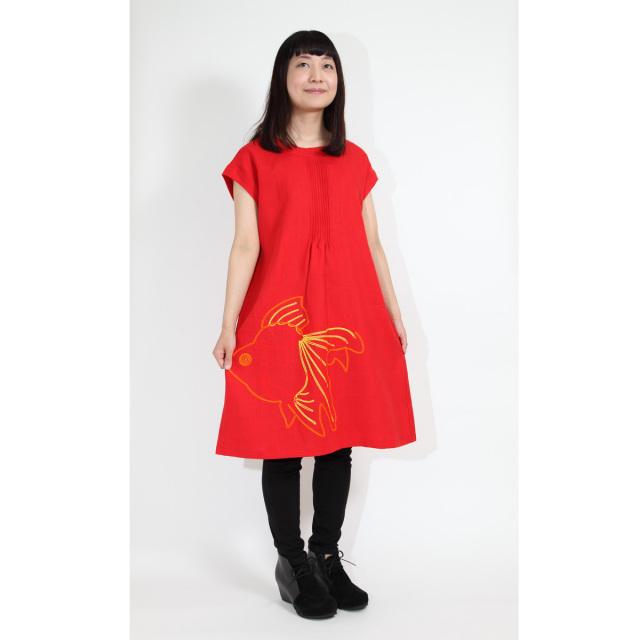 KY25-603/ピンタックワンピース/琉金〈赤〉