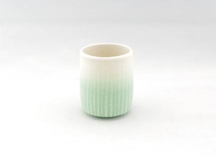 釉泥彩 湯呑(緑)