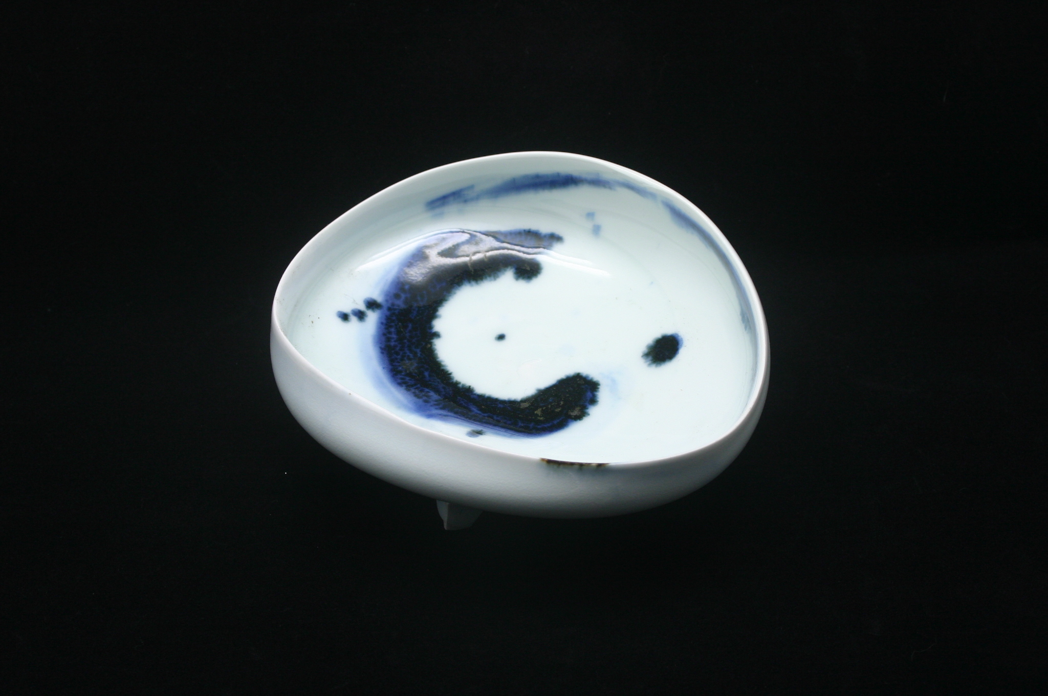 加藤委作 三つ足鉢