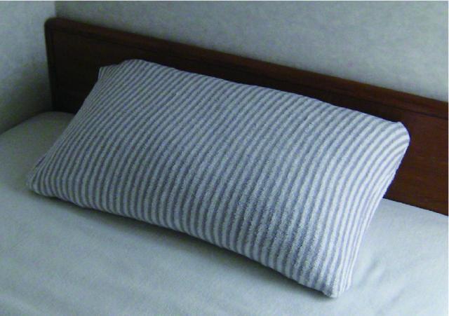 急速分解消臭の今治「やわらかニットの枕カバー」