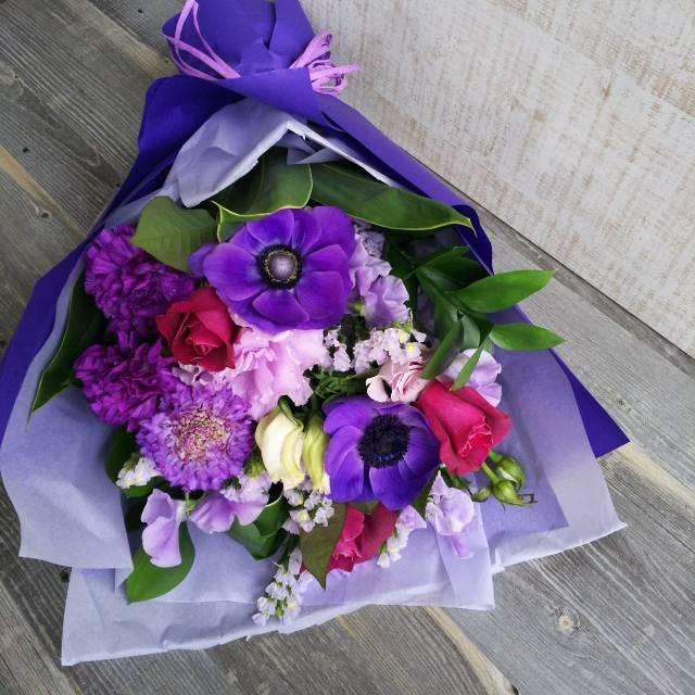 【送料無料】 御祝花束<おまかせ・紫・5,000円>