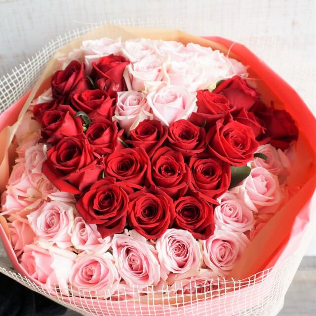 赤バラハート花束
