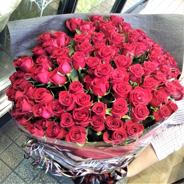 バラ花束100本 トップ画像