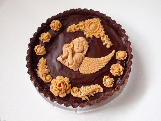 《ロースイーツ 》濃厚クラシックチョコレートケーキ(天使の微笑み) 15cmホール