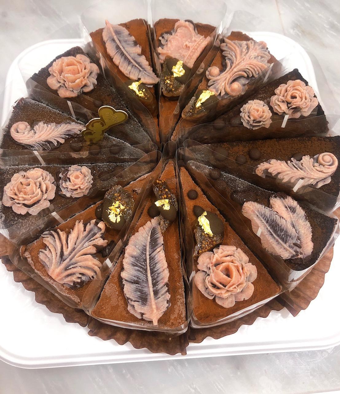 ≪Organic Rawケーキ≫ 濃厚クラシックチョコレートケーキ (天使の微笑み)18cmホール12カット