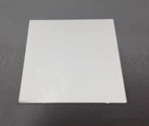 可視光 +   850nmバンドパスフィルター K0040  (裏面ARコートなし) □76mm(有効範囲 □70mm) 板厚t0.5mm 100μm以下