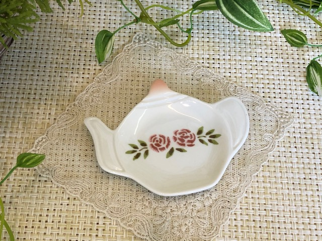 マニー ステンシルローズ 陶器ティーパックトレイ