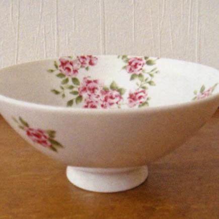 クローヌローズ 茶碗