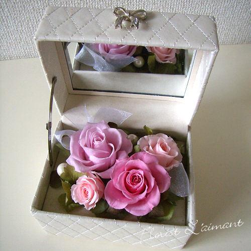 ローズの小箱(ピンク)【プリザーブドフラワー】