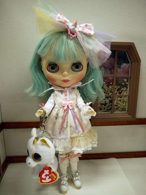 USEDネオブライス「ユーフォー・ア・ゴーゴー」+ピンクユニコーン ドレス セットki1670
