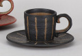 彫十草(黒)コーヒー碗皿