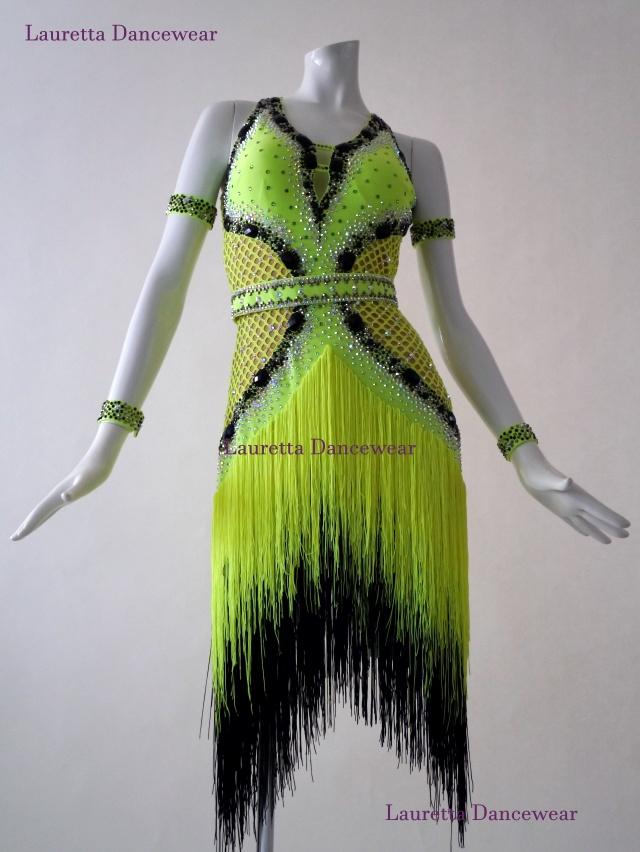 【社交ダンスドレス・衣装】ラテンドレス 高級仕様 ネオングリーン/ブラック フリンジ LT40005(M)