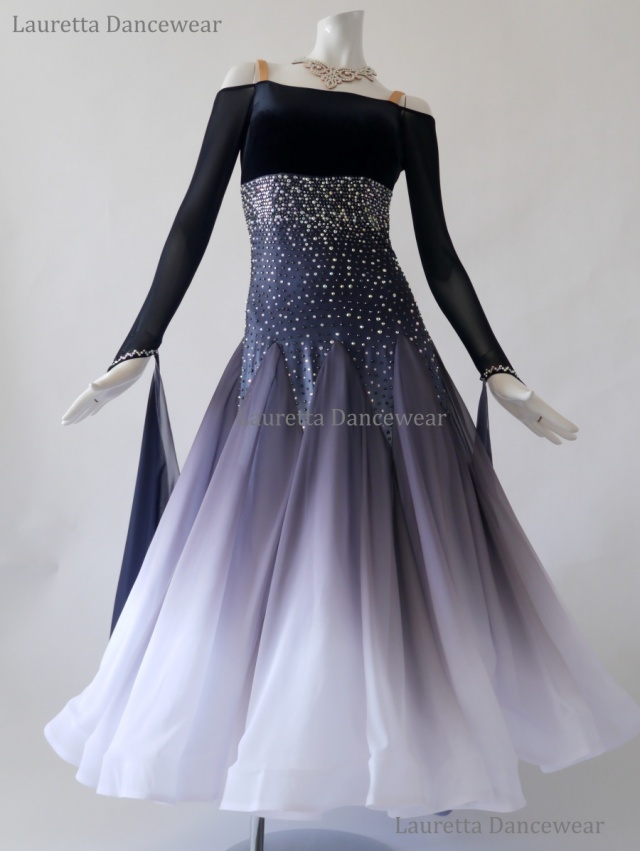 【社交ダンスドレス・衣装】ST20951 スタンダード/モダン 高級仕様 ベロア ブラックグラデーション(M)