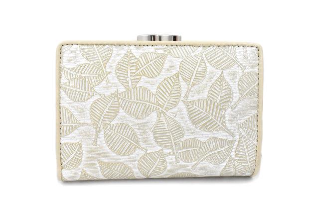 Leaf(リーフ) がま口二つ折り財布 「ゴールドファイル」 GP56314 パールベージュ 正面