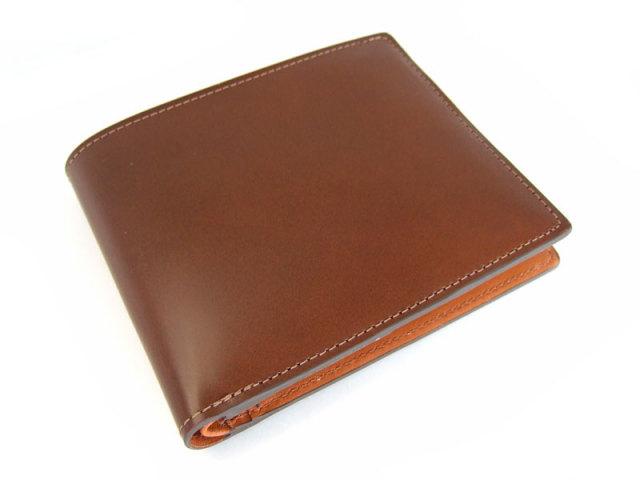 コードバン 二つ折り財布(小銭入れなし) 「プレリー1957」 NP07316 チャ 正面